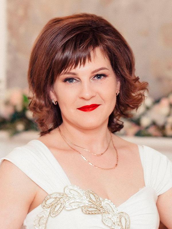 Татьяна Веселова - специалист по административному обеспечению